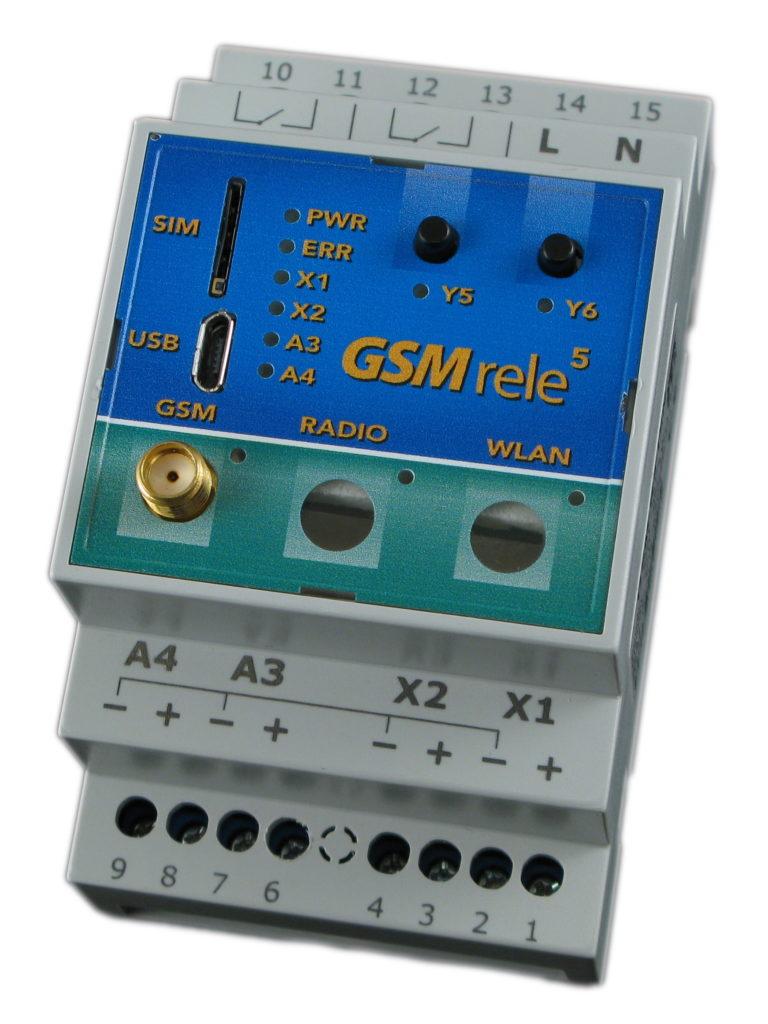 GSM rele ima vgrajena 2 releja, 2 vhoda, in 2 priključka za temperaturna senzorja.