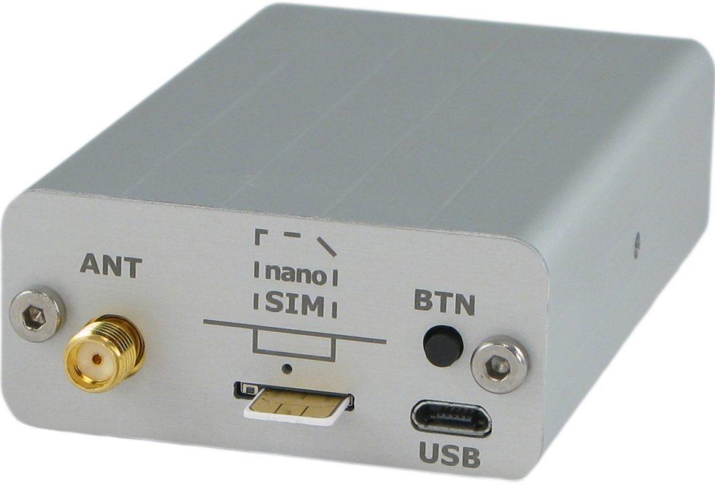 GSM rele R5-T ima vgrajen rele, in vhod za temperaturni senzor. Zasilno napajanje preko  Li-Ion akumulatorja...